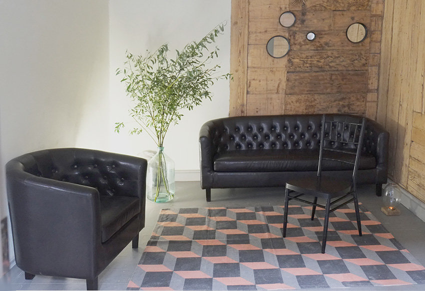Trīsvietīgs dīvāns